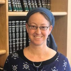 הרבנית שירה ספיר